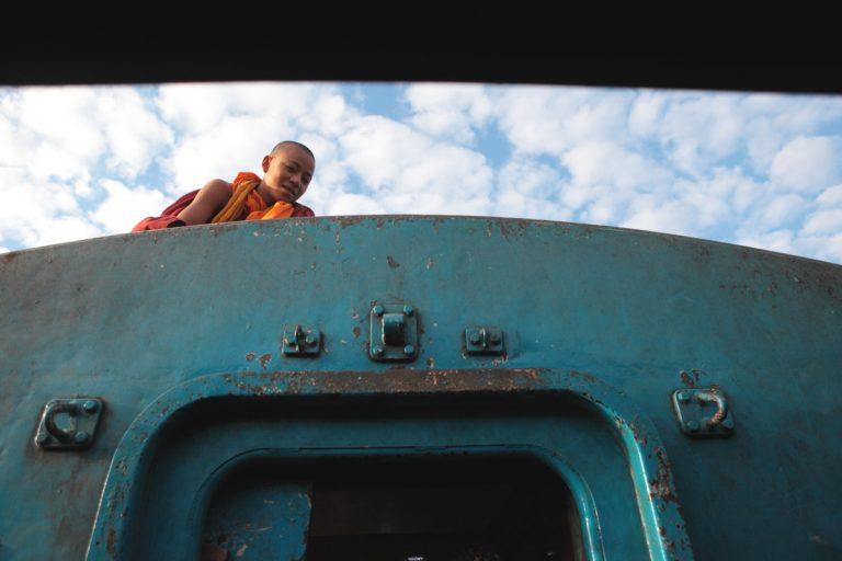 Asia, Asien, Myanmar, Burma, Kachin State, Myitkyina, People, Portrait, Men, Mann, Monk, Mönch, Train, Zug, Hans-Joachim Eggert