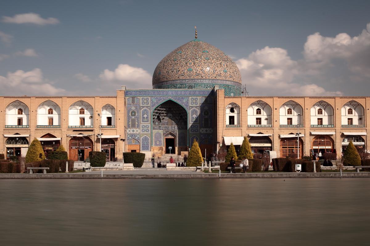 West Asia, Vorderasien, Asien, Iran, Esfahan, Isfahan, Meidān-e Naghsch-e Dschahān, Meydan-e Emam-Place, Platz, Lotfollah Mosque, Moschee, Evening, Abend, Hans-Joachim Eggert