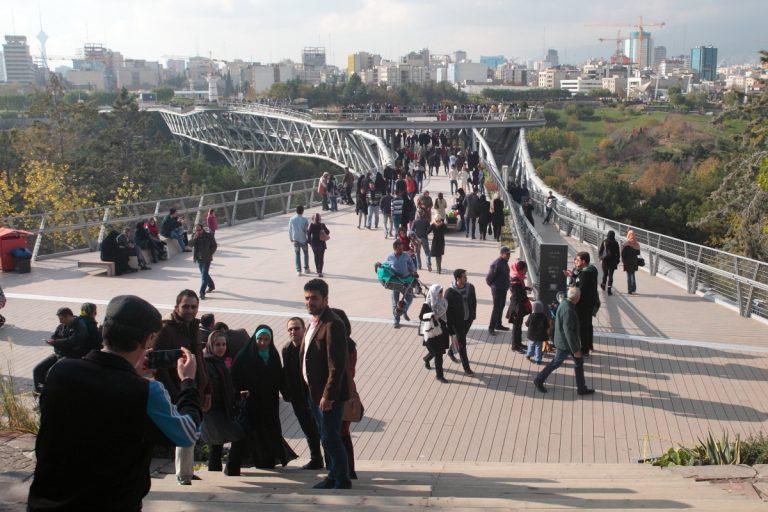 West Asia, Vorderasien, Asien, Iran, Tehran, Teheran, Tabi'at Bridge, Tabiat, Nature Bridge, Tabiatbrücke, Hans-Joachim Eggert