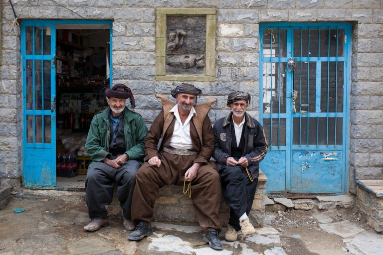 West Asia, Vorderasien, Asien, Iran, Kurdistan Kordestān Province Provinz, Hawraman, Hawraman Takht, Haus, House, Portrait, People, Men, Mann, Hans-Joachim Eggert