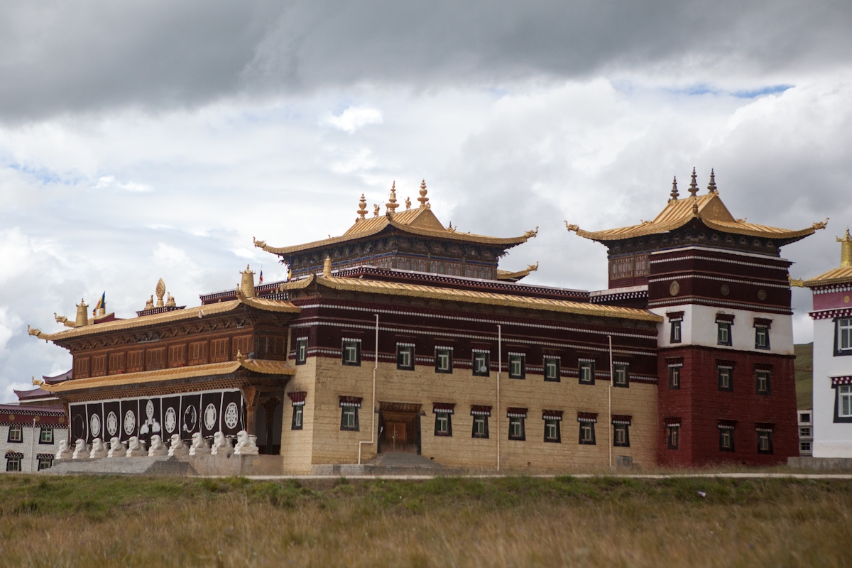Bhuddistische Akademie Ani Gompa Tagong - Sichuan - China