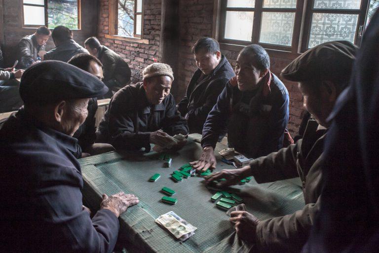 Asia, Asien, China, Guangxi, Chengyang, Men, Mann, Game, playing cards, Kartenspieler, Hans-Joachim Eggert