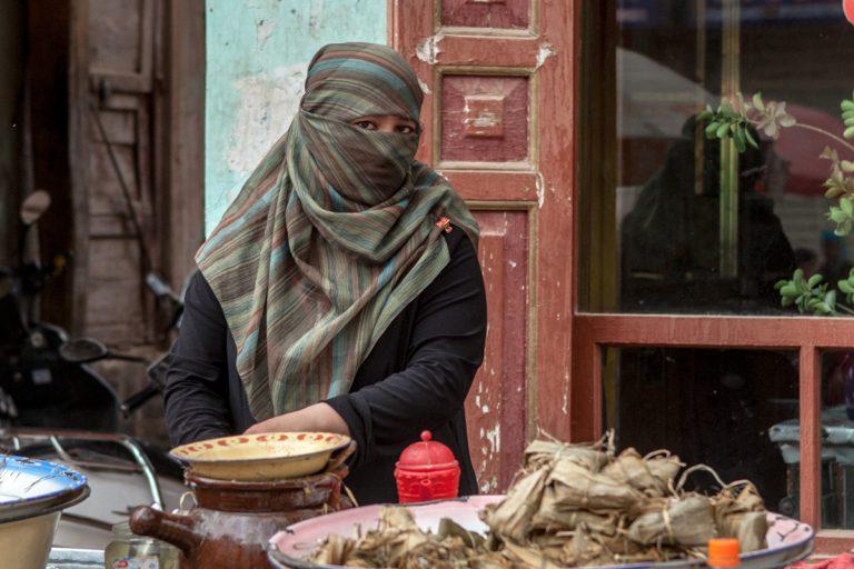 Asia, Asien, China, Xinjiang, Kashgar, Kashi, People, Portrait, Woman, Frau, Hans-Joachim Eggert
