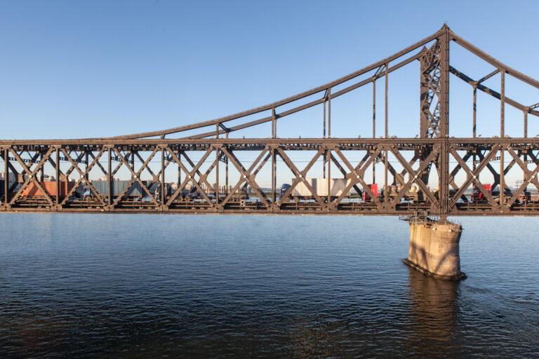 Dandong Liaoning China Nordkorea North Korea Sinŭiju Sinuiju Border Grenze Yalu Chinesisch-koreanische Freundschaftsbrücke