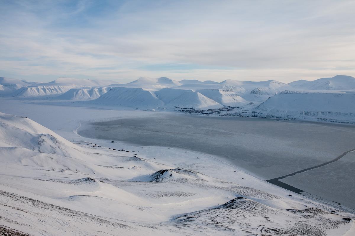 arktis arctic spitzbergen svalbard adventdalen adventtal longyearbyen winter schnee snow